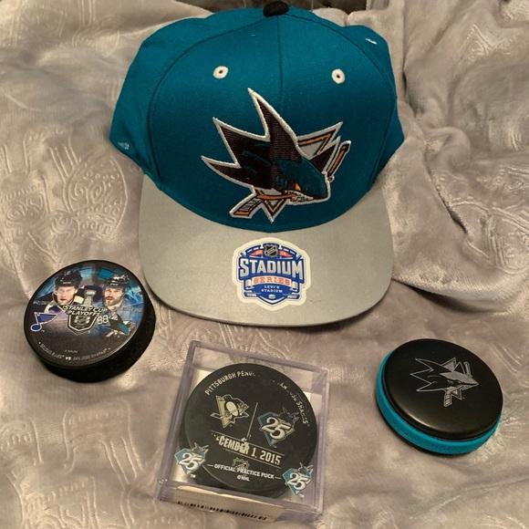 Alert Nhl Chicago Blackhawks 2014 Stadium Series Reebok Adult Adjustable Fit Cap New Fan Apparel & Souvenirs
